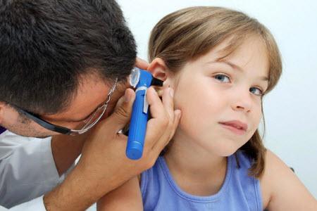 Лечение острого отита у ребенка